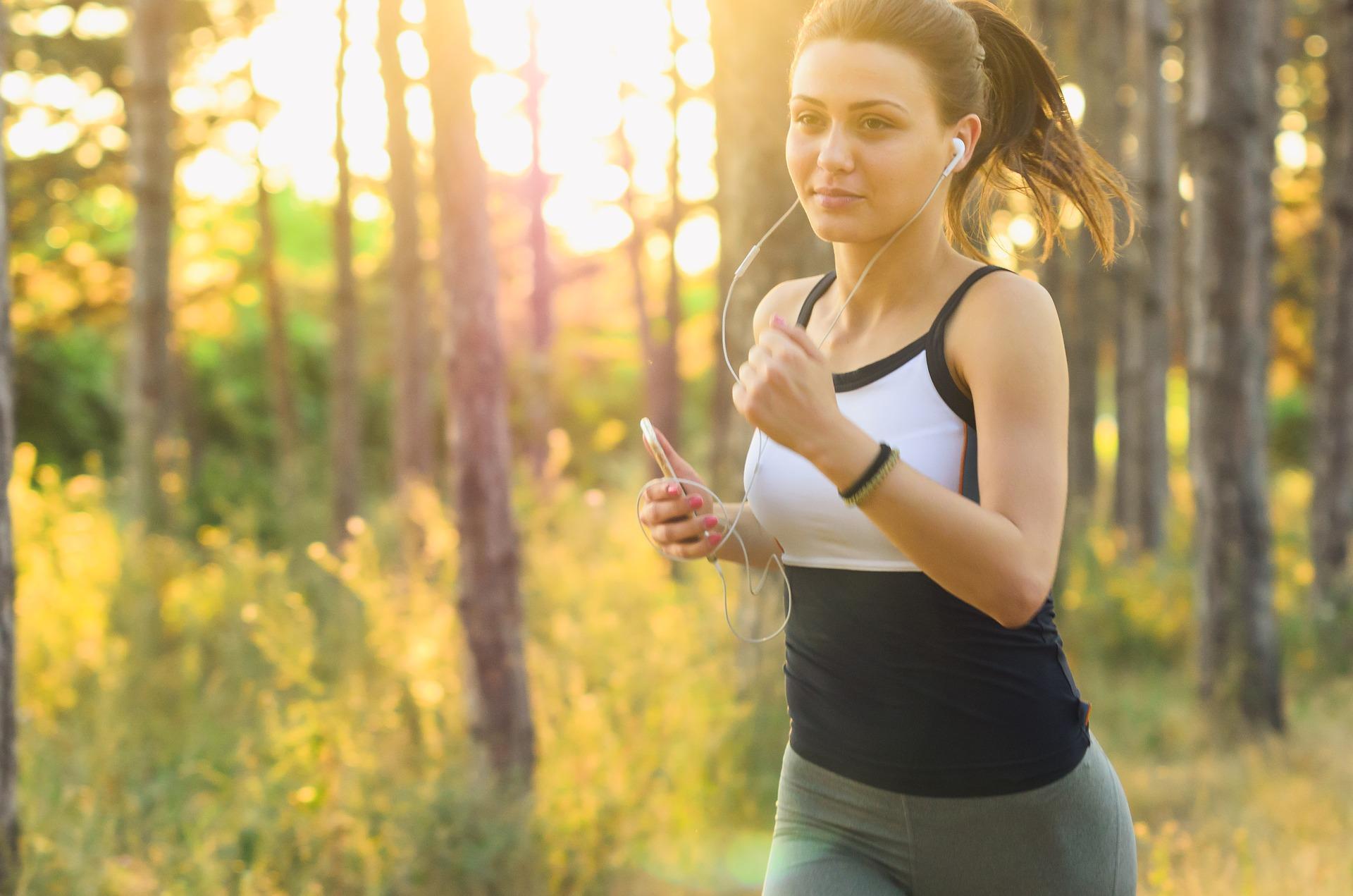 Faire du sport à jeun : bonne ou mauvaise idée ?