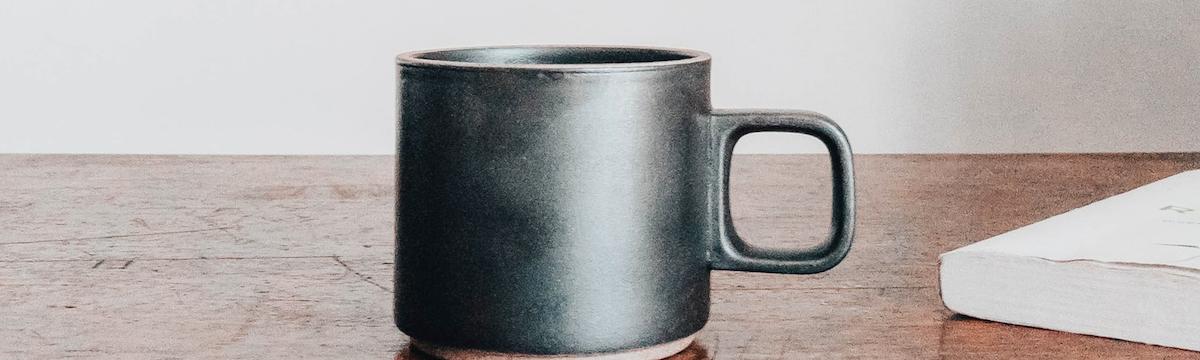 Thé ou café au CBD : des boissons chaudes pour adoucir l'hiver